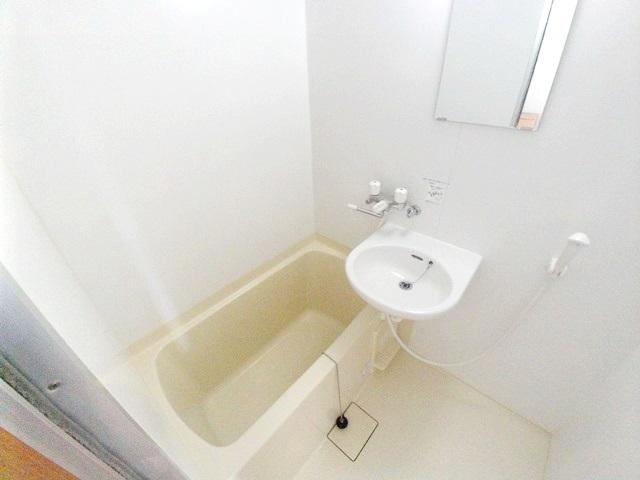 ワンルームS-3 204号室の風呂