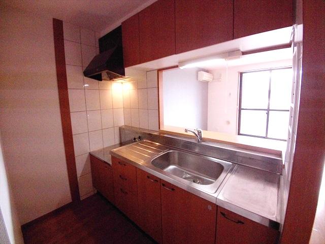 スーパーチェリー 202号室のキッチン