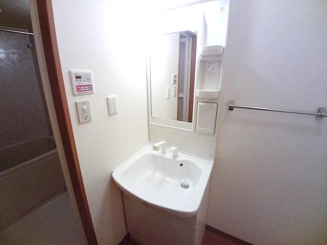 スーパーチェリー 202号室の洗面所