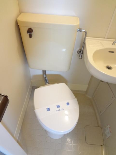 ラポーレ上尾 203号室のトイレ