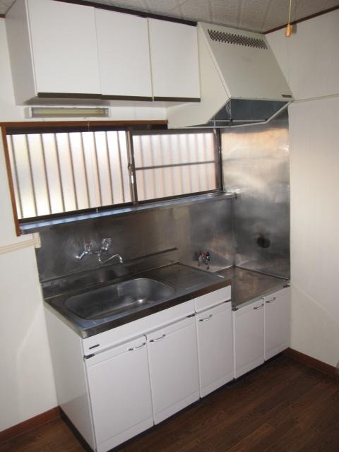 パレットガーデン B棟 201号室のキッチン