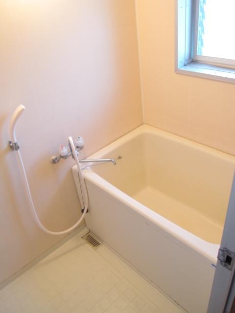 パレットガーデン B棟 201号室の風呂