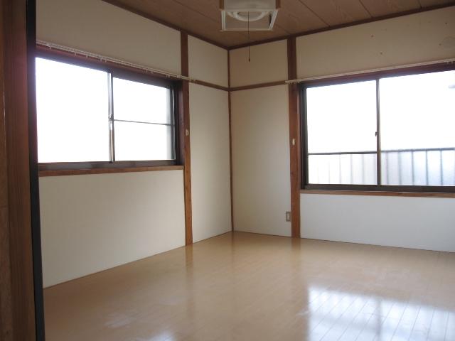パレットガーデン B棟 201号室の居室