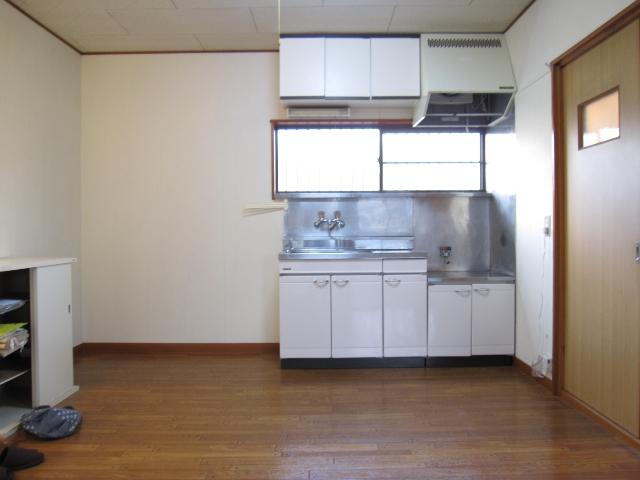 パレットガーデン B棟 201号室のリビング