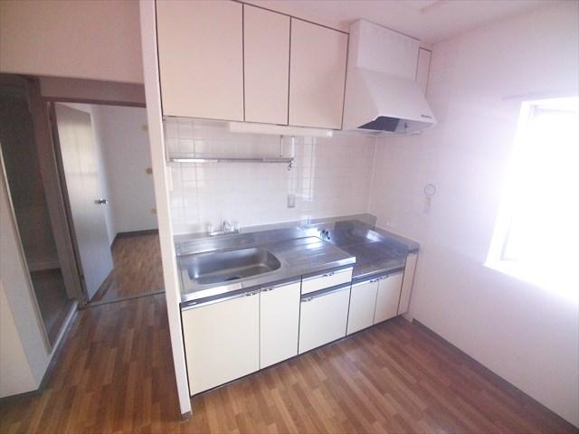 カサベルデ壱番館 101号室のキッチン