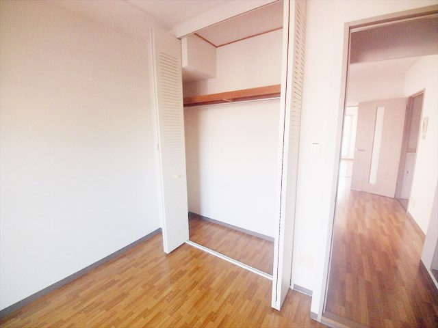 カサベルデ壱番館 101号室の収納