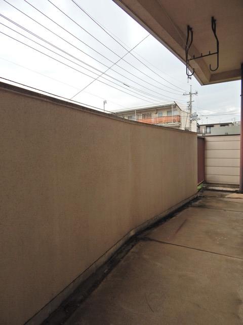 小川第一ビル 201号室のバルコニー