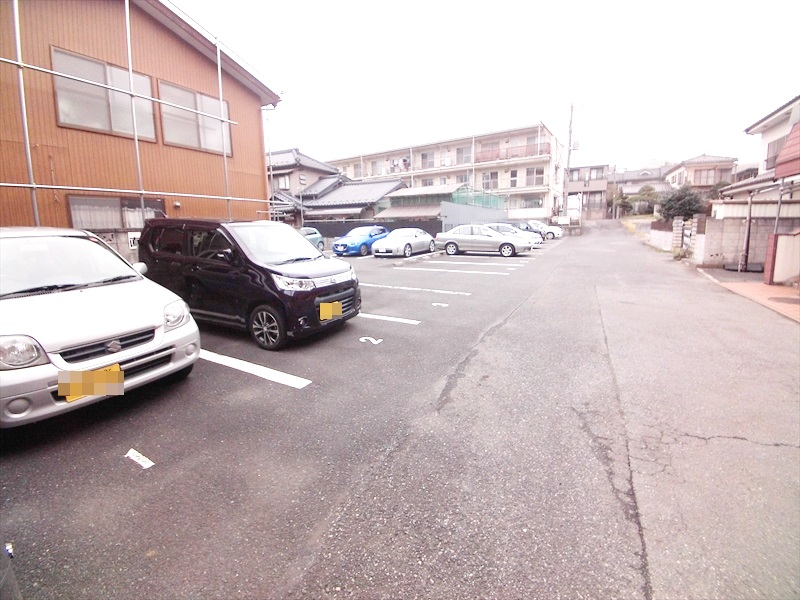 小川第一ビル 202号室の駐車場