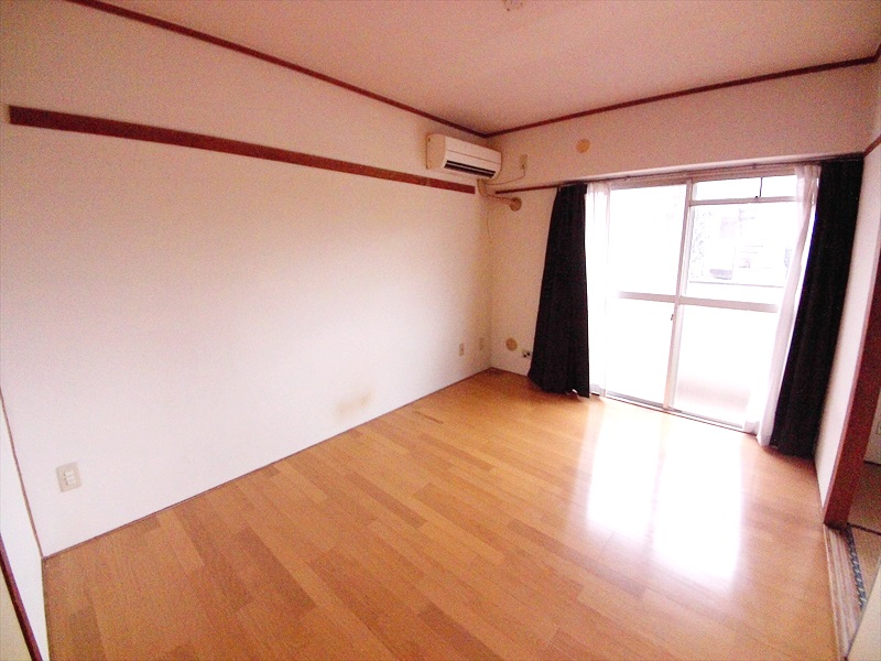小川第一ビル 202号室の居室