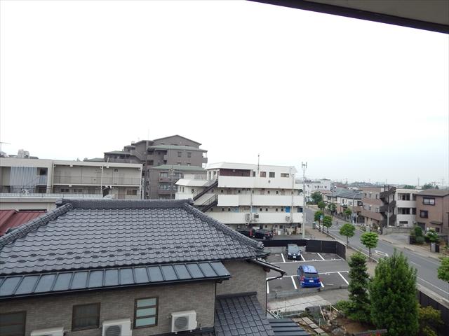小川第2マンション 301号室の景色