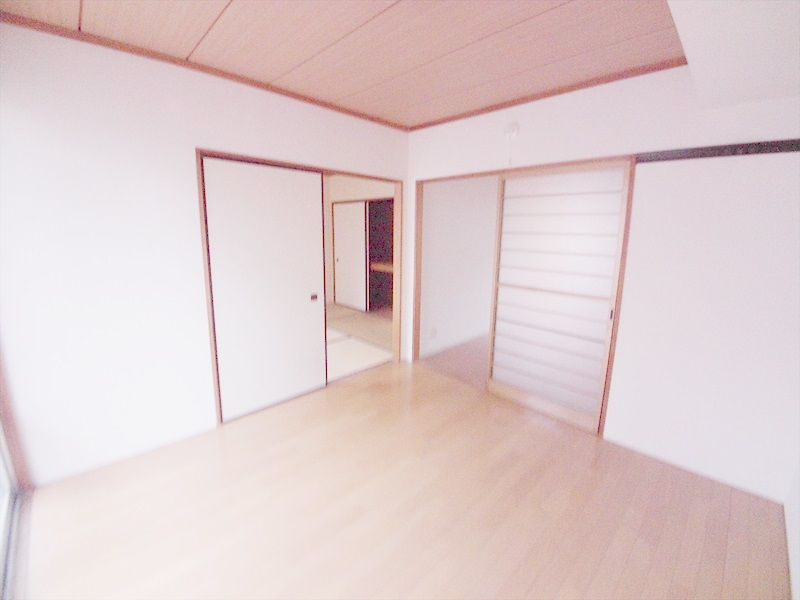 堀井コーポ 102号室の居室