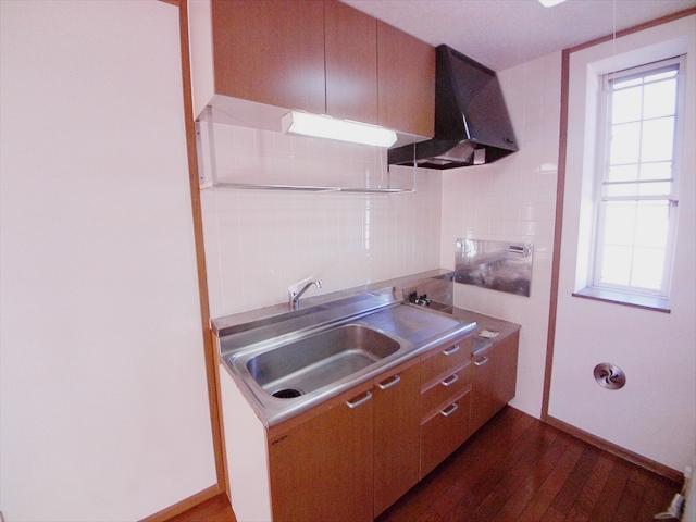 クレセント C 203号室のキッチン