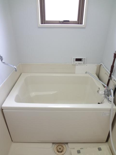 岡野マンション B-102号室の風呂