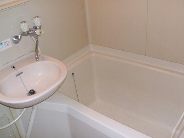 レイクヒル A 105号室の風呂