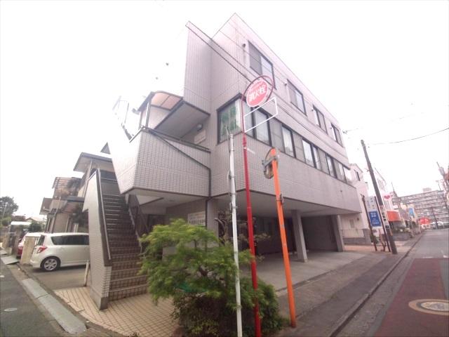 寺山マンション 303号室の外観2
