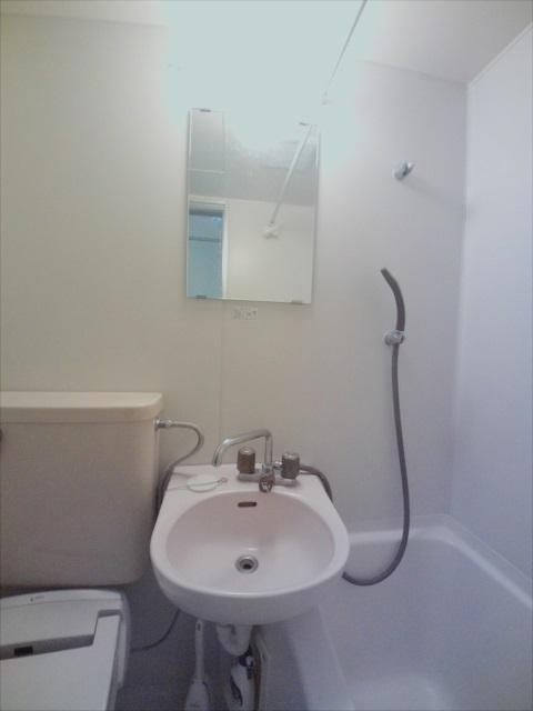 寺山マンション 303号室の洗面所