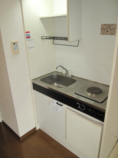 アーバンST 403号室のキッチン