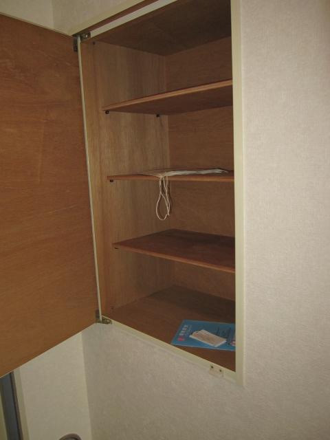 アーバンST 403号室の収納