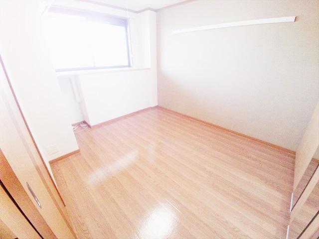 フィオレ 303号室の居室