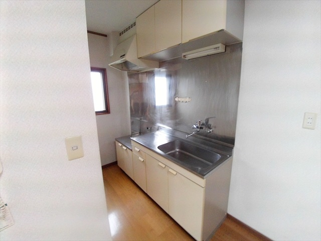 あらいハイツ 301号室のキッチン