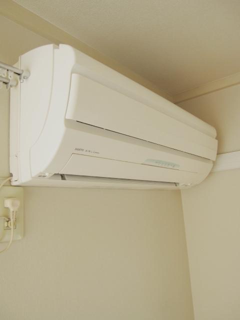 ロイヤルコーポ幸 A 201号室の設備