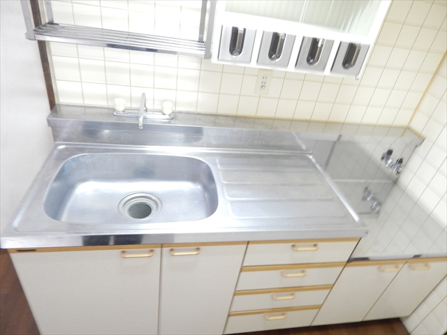 ミヤシタマンション 502号室のキッチン