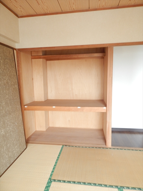 ミヤシタマンション 502号室の収納