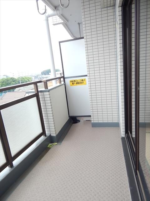 ミヤシタマンション 502号室のバルコニー