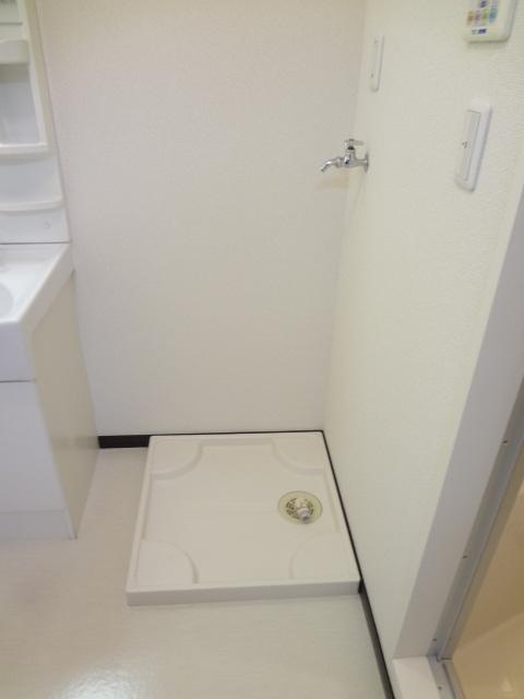 フローラ 301号室のトイレ