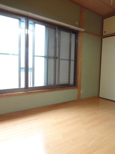 コーポJOY 203号室の居室