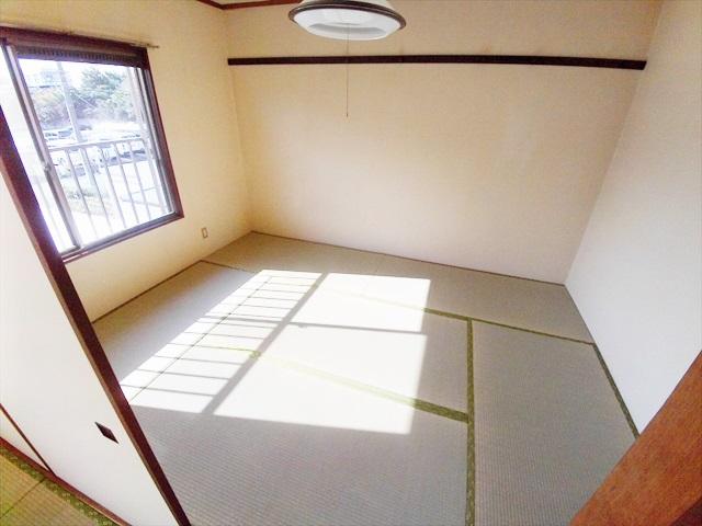 第一あかねコーポ 201号室の居室