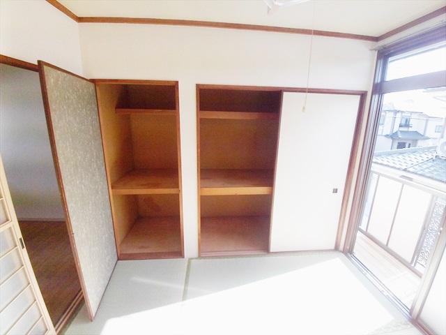第一あかねコーポ 201号室の収納