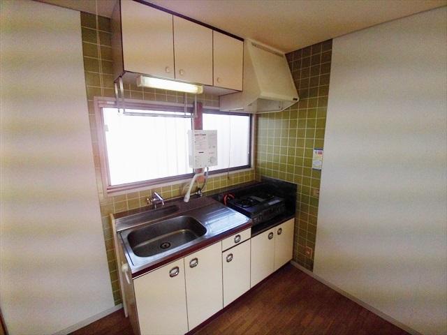 第一あかねコーポ 201号室のキッチン