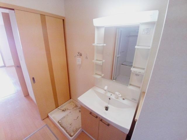 ギャレットコート 205号室の洗面所