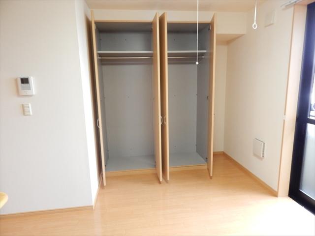 パルティール 105号室の収納