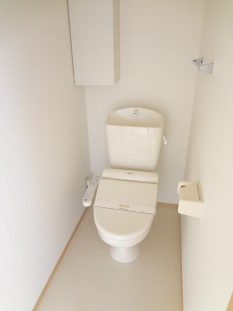 グランコート富士 102号室のトイレ