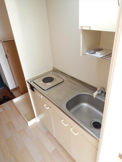 リーフビルド 303号室のキッチン