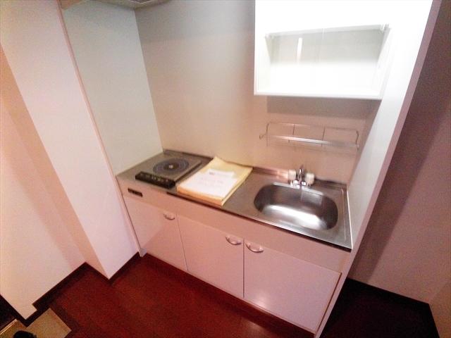 グロアール上尾 302号室のキッチン