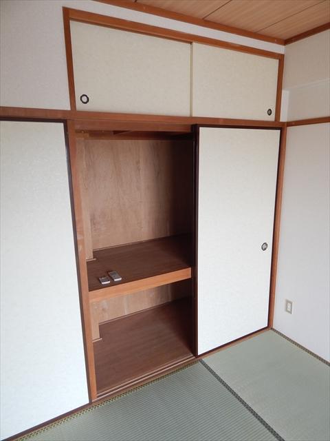 ラフォーレ21 301号室の収納