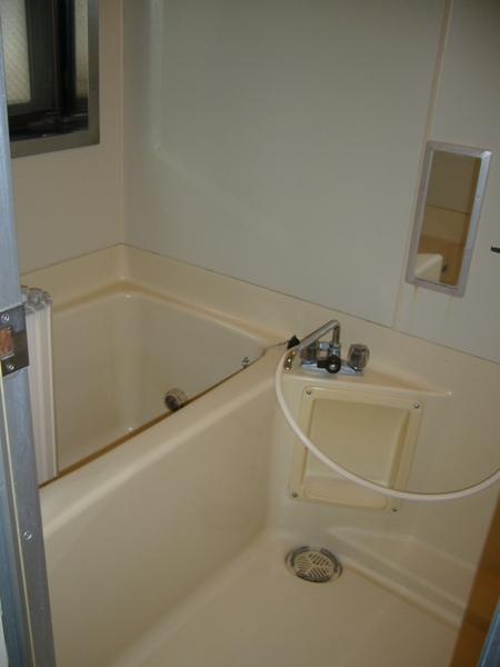 長島ビル 404号室の風呂