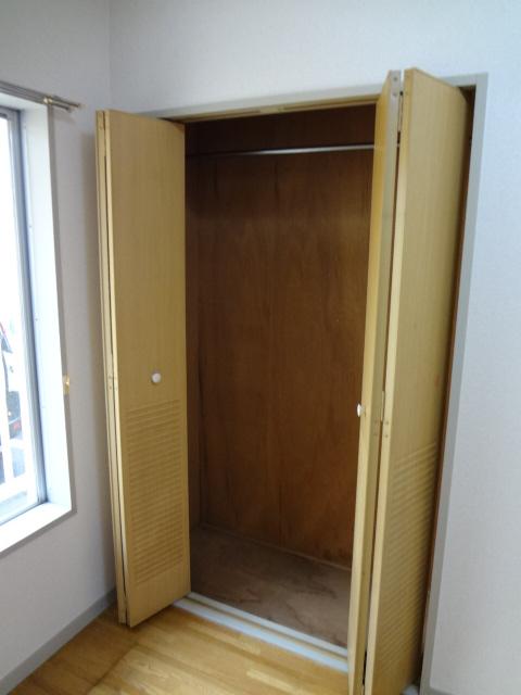 エータイマンション 103号室の収納