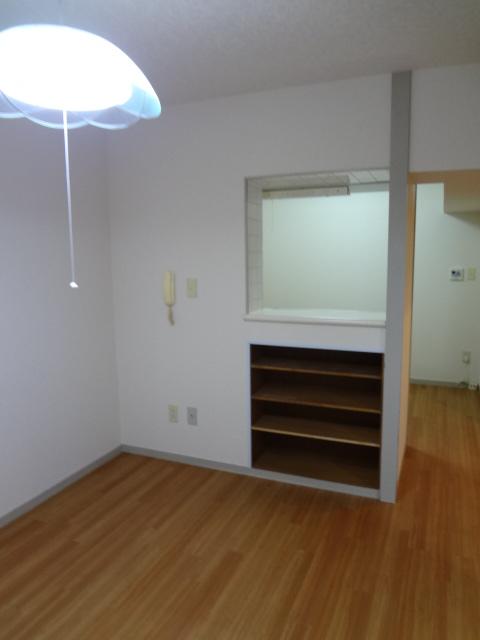 エータイマンション 103号室のその他