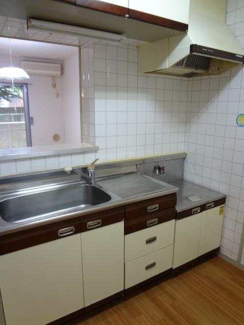 エータイマンション 103号室のキッチン