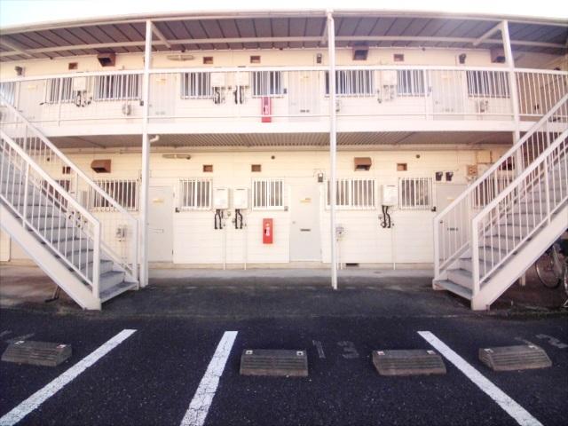 柿沼シティハイツC 207号室のエントランス