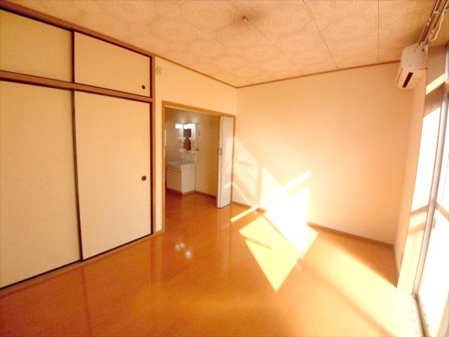 柿沼シティハイツC 207号室のリビング