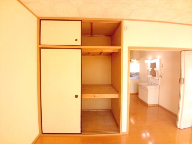 柿沼シティハイツC 207号室の収納