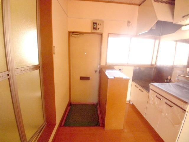 柿沼シティハイツC 207号室の玄関