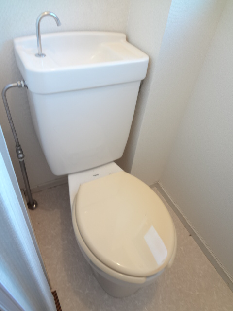 あゆ 201号室のトイレ