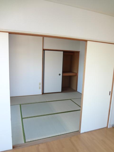 あゆ 201号室の居室
