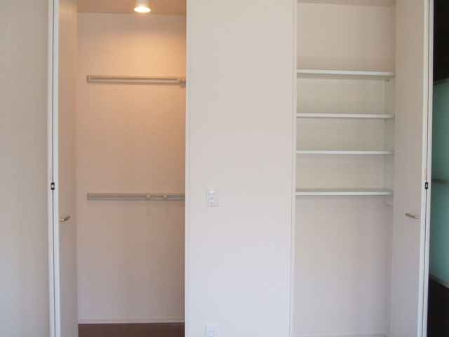 Dandelion B 201号室の収納